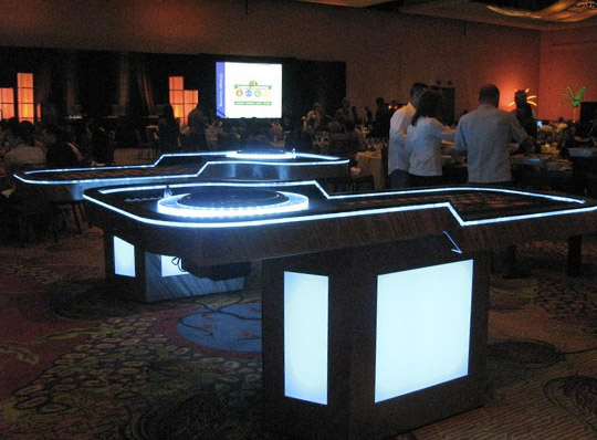 casino parties with lighted tables lighted poker tables. Black Bedroom Furniture Sets. Home Design Ideas